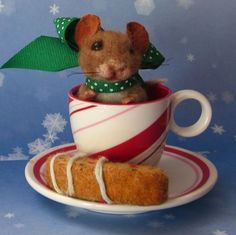 Needle Felted Biscotti Cookie Expresso Peppermint Mouse Artist Robin J Andreae   #NeedleFeltedAnimals