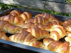 Hot Dog Buns, Hot Dogs, Pretzel Bites, Sausage, Food And Drink, Bread, Cake, Hampers, Sausages