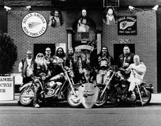 Biker Gangs, Angels Logo, Hells Angels, Bikers, Red And White, Motorcycle, Projects, Motorbikes, Log Projects