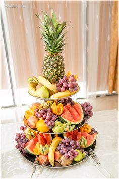 Food Buffet, Food Trays, Exotic Fruit, Tropical Fruits, Punch Drink, Fruit Designs, Baptism Photography, Party Trays, Fruit Plate