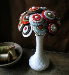 the penny rug bouquet by lilfishstudios, via Flickr