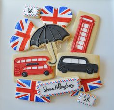 ---I love the use of the rectangular cookies for the bus, taxi and phone booth. Very smart. Then you don't wind up with a double decker bus cookie cutter lying around that you'll never use again.