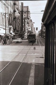(1955) 6th Street and Broadway, Looking North
