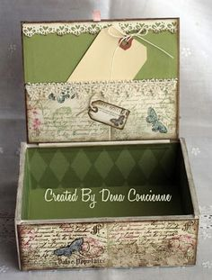 Cigar Box and Quick Tutorial Altered Cigar Box and Quick Tutorial. Pic of how the inside of the box was done.Altered Cigar Box and Quick Tutorial. Pic of how the inside of the box was done. Cigar Box Diy, Cigar Box Crafts, Cigar Box Purse, Altered Cigar Boxes, Altered Tins, Altered Bottles, Diy Box, Altered Art, Altered Books