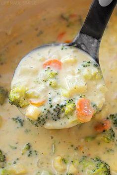 Chowder Soup, Chowder Recipes, Corn Chowder, Vegetarian Recipes, Cooking Recipes, Healthy Recipes, Cooking Bacon, Chili Recipes, Crack Crackers