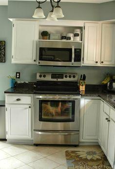 Open shelf above microwave