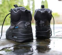 huge selection of f20ae 67c73 These are a must have in the rainy Portland winters. The Nike WMNS Air Max