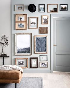 Home Interior Living Room Gallery Wall Inspiration Interior Living Room Gallery Wall Inspiration Inspiration Wand, Decoration Inspiration, Decor Ideas, Decorating Ideas, Wall Ideas, Wall Design, House Design, Look Vintage, Style At Home