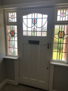 Contemporary Front Door Design Stained Glass Ideas For 2019 House Front Door, Glass Front Door, House Entrance, Sliding Glass Door, Window Glass, Glass Doors, Front Door Design, Front Door Colors, Porch Doors
