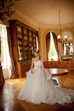 How to Style Your Wedding Like Marie Antoinette  www.MadamPaloozaEmporium.com www.facebook.com/MadamPalooza