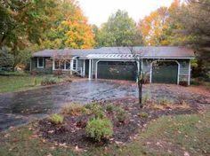 9831 Crescent Shores Rd  $189  House Size:1,741 Sq Ft  Lot Size:1.25 Acres