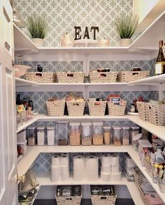 Worth the effort! Pantry makeover is officially done! I can move forward to my next project! 👏🏼 Have a wonderful day my sweet friends! Home Organization Hacks, Pantry Organization, Household Organization, Pantry Makeover, The Home Edit, Style Pantry, Home Management, Real Estate Leads, Fixer Upper
