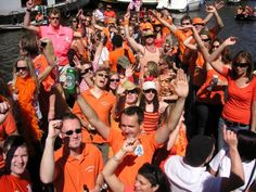 Party like a local! Amsterdam celebrate Queensday on the 30th April 2012!