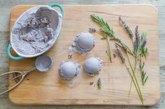 Lavender and Honey Ice Cream | THE KITCHENTHUSIAST