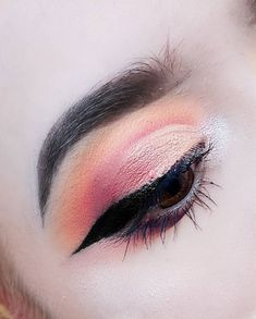 48 Most Lovely And Sexy Prom And Wedding Makeup Inspirational Designs - Page 48 of 48 - Marble Kim Design