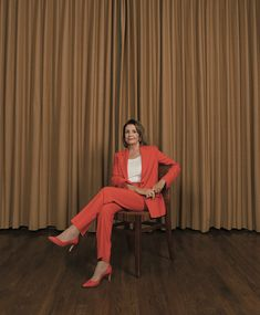 """Nancy Pelosi's Last Battle - The New York Times """"She faces more division in her caucus than she ever had before."""" Nancy Pelosi is ready for her last political battle. Last Battle, New York Times Magazine, Work Chic, Signature Look, Tumblr, Badass Women, Professional Outfits, Beautiful Black Women, Powerful Women"""