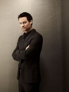 Shane West --- hmmm, which character? Kane Rogan? Doesn't quite fit. Nick Thomas from SPEAK NO EVIL? Maybe. (Though I have my heart set on Timothy Olyphant ... LOL.) Mitch Bianchi from Playing Dead. Possible ... Oh, to dream.