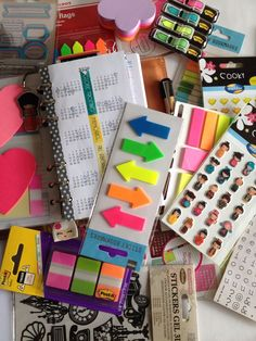 Faux Filofax/ stickers / post it. - my life is a dream for this to happen To Do Planner, Life Planner, Happy Planner, Planner Ideas, Planner Organization, School Organization, Organizing, Stationary Store, Cute School Supplies