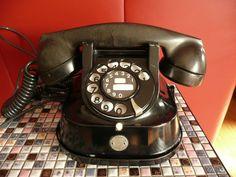 Vintage bakelieten zwarte tafel telefoon