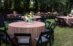 Black Gold Wedding Rose gold and black wedding decor Rose Gold Centerpiece, Gold Centerpieces, Centerpiece Ideas, Rose Gold Theme, Rose Gold Decor, Miami Wedding, Wedding Reception, Trendy Wedding, Reception Ideas