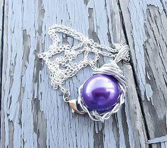 Final Fantasy 7, Purple Materia Necklace, Final Fantasy necklace, videogame jewelry, materia pendant, materia necklace, Sale, Mako necklace