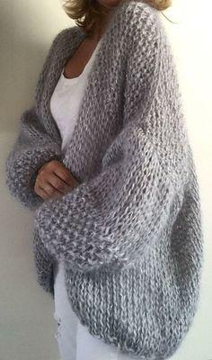 Pull Crochet, Crochet Cardigan, Knit Crochet, Beige Cardigan, Chunky Cardigan, Crochet Shawl, Sweater Knitting Patterns, Hand Knitting, Knitting Ideas