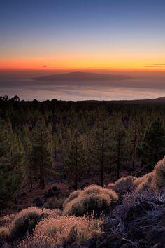 Ich bin dann mal weg ^^ Hoffe ich habe Internet, dann kann ich ab und an etwas posten. Sunset over La Gomera