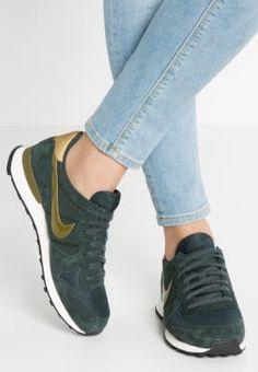 Baskets basses Nike Sportswear INTERNATIONALIST - Baskets basses -  seaweed olive flak kaki  90 621214ef4