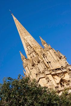 FAWLTY SPIRES: The Best of Oxford