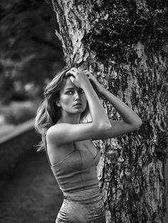 Vogue China November 2015 - Andreea Diaconu by Lachlan Bailey - Fashion Editorials