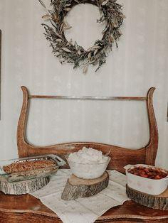 Thanksgiving Recipes, Wreaths, Home Decor, Decoration Home, Door Wreaths, Room Decor, Deco Mesh Wreaths, Home Interior Design, Floral Arrangements
