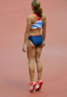 A picture of Jessica Ennis. This site is a community effort to recognize the hard work of female athletes, fitness models, and bodybuilders. Beautiful Athletes, Poses References, Sport Body, Sporty Girls, Sports Stars, Athletic Women, Athletic Wear, Track And Field, Female Athletes