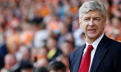 Arsene Wenger has distanced himself from the England job