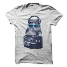 DJ Scratch Cat – Funny Cats T-Shirt For men #cats #dj