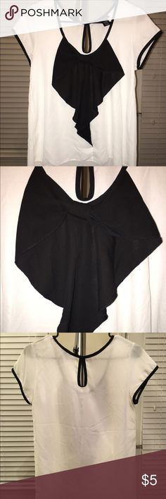 Rue21 White Short Sleeve Bow Top Charlotte Russe - see through - a little big for a small - never worn Rue21 Tops Blouses