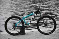 YETI DJ 4X MONSTER - IRONRIDER's Bike Check - Vital MTB Mtb Bike, Bmx, Bicycle, Yeti Cycles, Dirt Jumper, Mountain Biking, Motorcycles, Drawings, Check