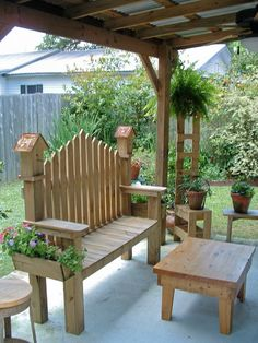 Birdhouse bench and table Rustic Outdoor Benches, Outdoor Chairs, Outdoor Decor, Wood Benches, Woodworking Jig Plans, Woodworking Projects, Woodworking Patterns, Garden Furniture, Diy Furniture