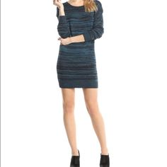 BCBGeneration Cutout V-Back Tunic Dress Look cozy and cool this season with this dress! Layered over leggings or worn solo, this cozy dress brings the right amount of minimalist flair to any situation! BCBGeneration Dresses Midi