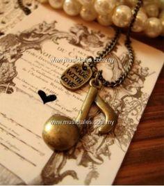 00257-Vintage Quaver Necklace