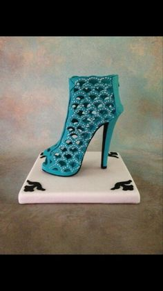 High heel shoe using scallop Marvelous Mold