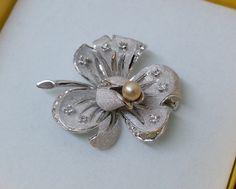 Vintage Broschen - Silberbrosche 925 Perle und Kristalle Blume SB277 - ein…