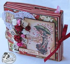 Gorgeous Flip Album with tutorial for making your own...I love how she decorated hers, lovely!