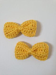 Crochet hair bows - yellow 100% cotton £3 per pair