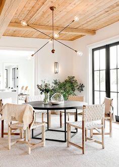 BECKI OWENS- Dream Home: A Modern Hampton's Beauty