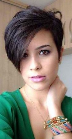 38 Short Pixie Haircuts for Thick Hair - Get Your Inspiration for 2019 - Short Pixie Cuts 38 Short Pixie Haircuts for Thick Hair - Get Your Inspiration for 2019 - Short Pixie Cuts Edgy Haircuts, Latest Short Hairstyles, Short Hairstyles For Thick Hair, Short Pixie Haircuts, Short Hair Styles, Short Pixie Bob, Angled Bob Haircuts, Curly Haircuts, Bun Styles