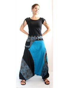Aladinhose, bekannt als Harem oder afghanischen Hosen sind sehr bequem Diese Haremshosen sind sehr stilvoll Baumwollhose mit aufgesetzter Außentasche mit 2 Fächern Mit 1 Tasche auf der Bein-Seite macht ihre helle und gemütliche Atmosphäre sie einen ausgezeichneten unisex Outfit für indoor und outdoor-Bekleidung; Ihre stilvollen Look macht sie geeignet für Partys. 100 % Baumwolle, elastischer Knöchel, Drucke, 3 pockets(2 zipped) ☆ MASSE S Taille - 72 cm/28 Zoll Hüfte - 102 cm/40 Zol...