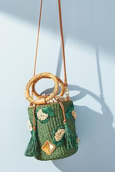 Presents For Grandma, Christmas Gifts For Grandma, Nana Gifts, Woven Beach Bags, Grandmother Gifts, Crochet Magazine, Grandparent Gifts, Knitted Bags, Purses And Handbags