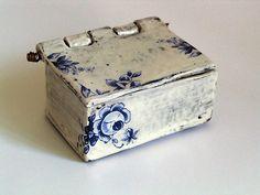 MARIA KRISTOFERSSON Contemporary Ceramic Lidded Box