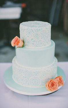 blue lace wedding cake // photo by Dave Richards // cake by Rossmoor Pastries. Same idea, grey cake pink and blue lace? Candybar Wedding, Mint Wedding Cake, Wedding Cake Photos, Wedding Cakes, Lace Wedding, Green Wedding, Pretty Cakes, Beautiful Cakes, Wedding Cake Inspiration