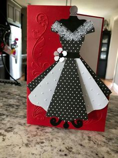 Best 12 Template for paper dress More More – BuzzTMZ – SkillOfKing. Birthday Cards For Women, Handmade Birthday Cards, Cricut Cards, Stampin Up Cards, Cute Cards, Diy Cards, Tarjetas Diy, Diy And Crafts, Paper Crafts